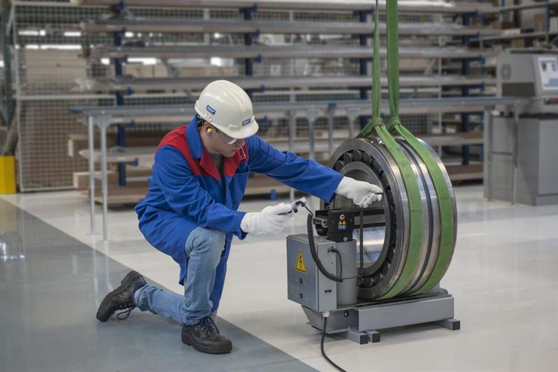 SKF offers induction heater for large bearings_popup.jpg